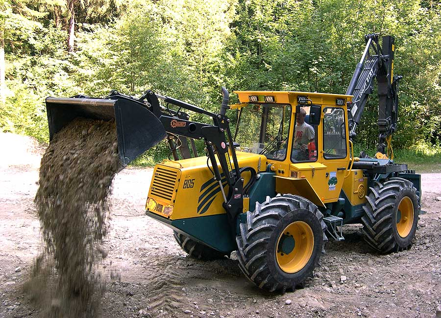 Front loader with bucket